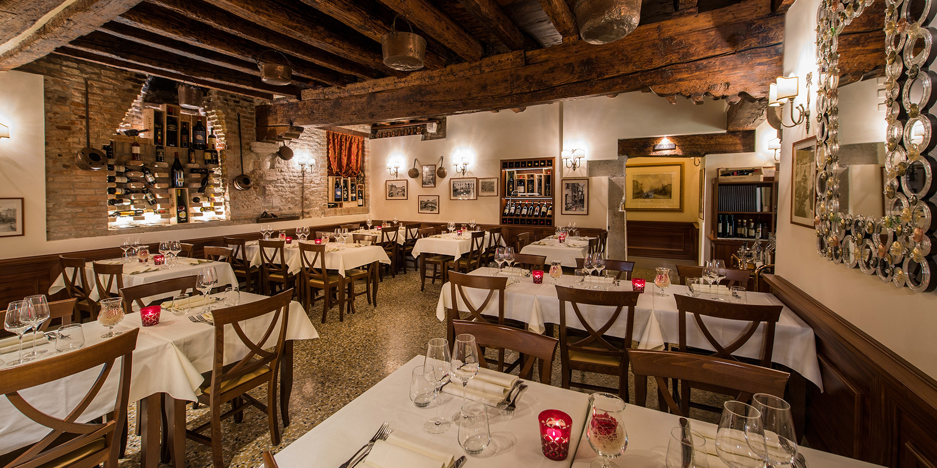 Vini da Pinto - the main dining area of the restaurant
